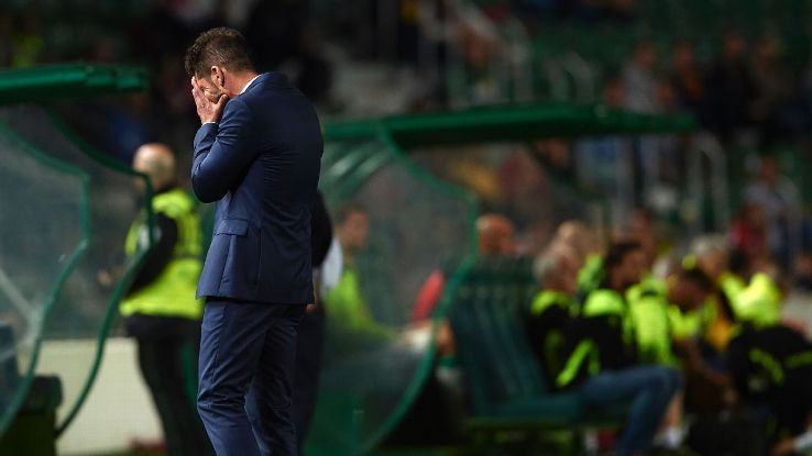 Diego Simeone during Atletico Madrid's 1-1 draw with Villarreal.