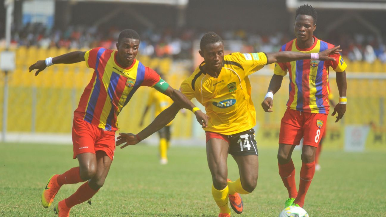 Thomas Abbey of Accra Hearts of Oak & Ahmed Adams of Asante Kotoko