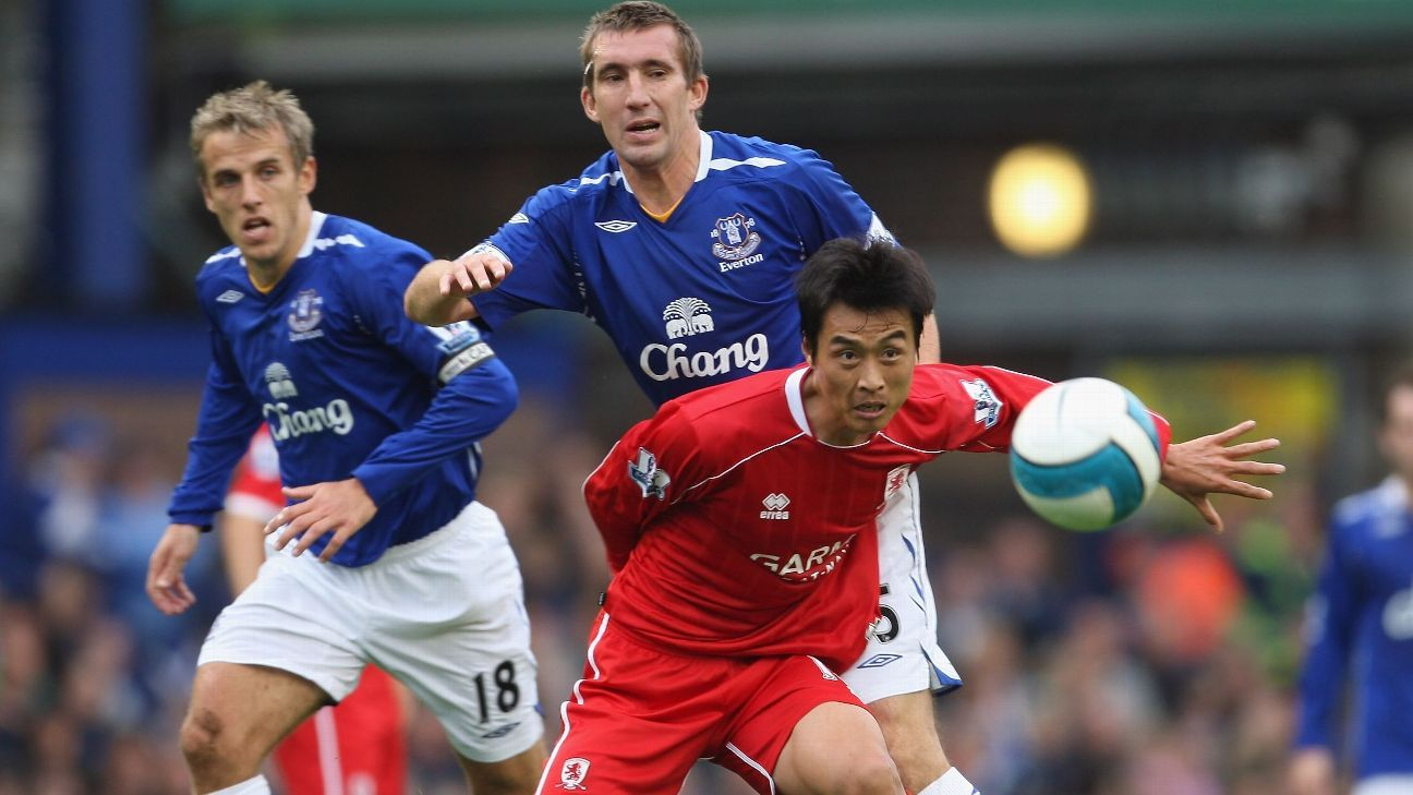 Lee Dong-Gook vs. Everton in 2007