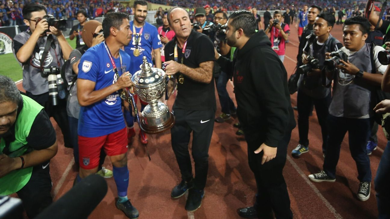 Safiq, Morais, TMJ after JDT win 2017 Malaysia Cup