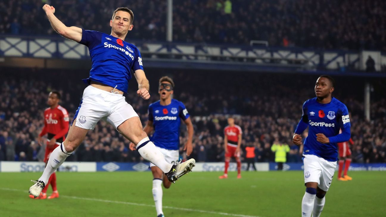 Everton's Leighton Baines celebrates scoring winner against Watford from penalty spot