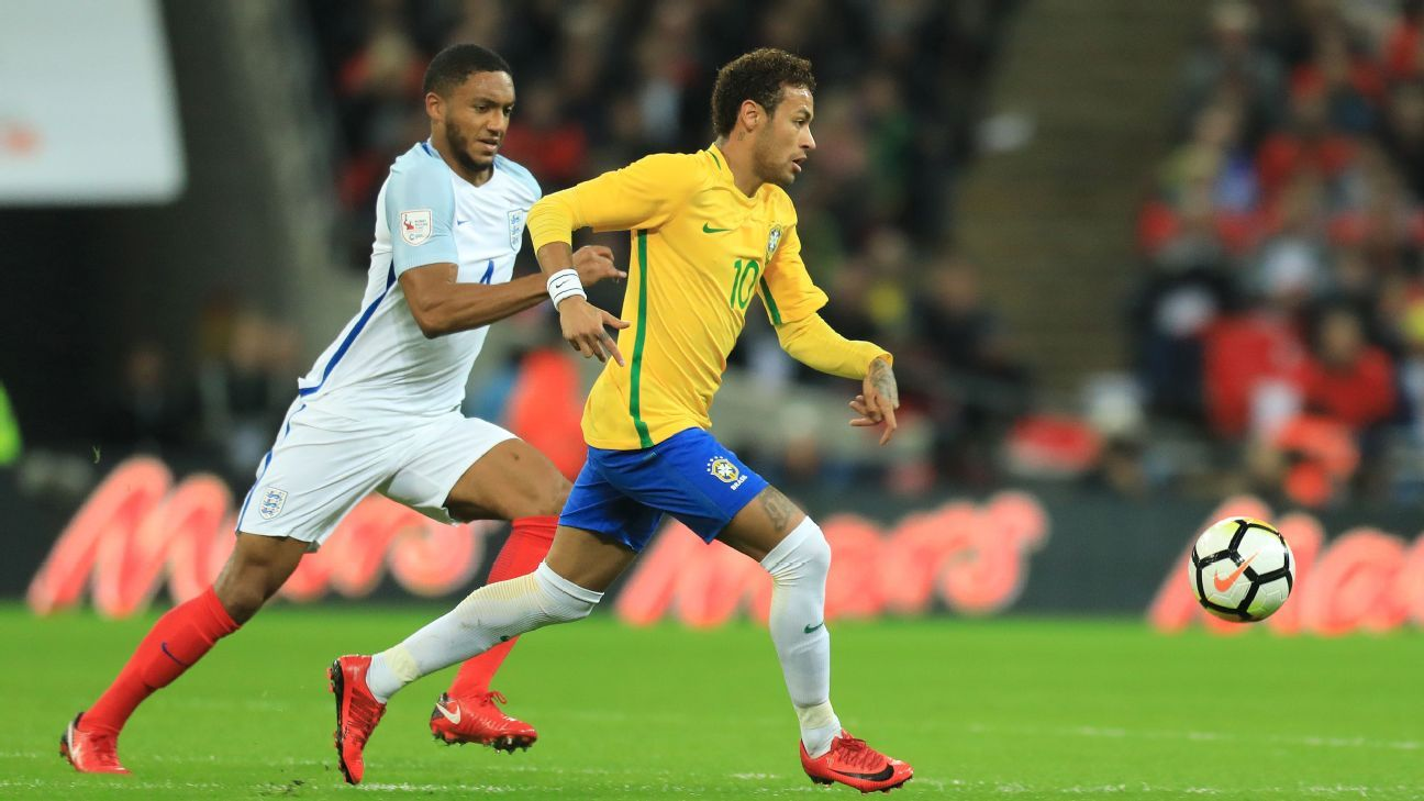 Joe Gomez tracks Neymar.