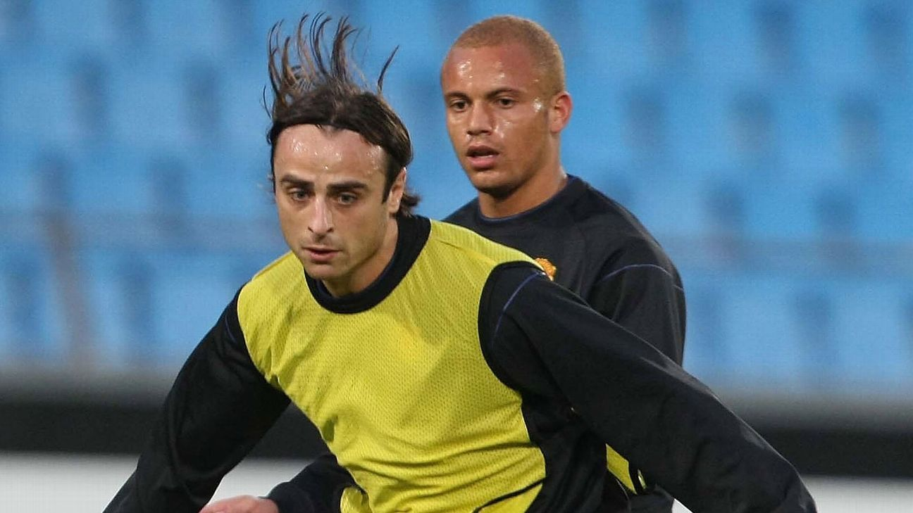 Berbatov, left, and Brown, former United teammates, will play together for the Kerala Blasters.