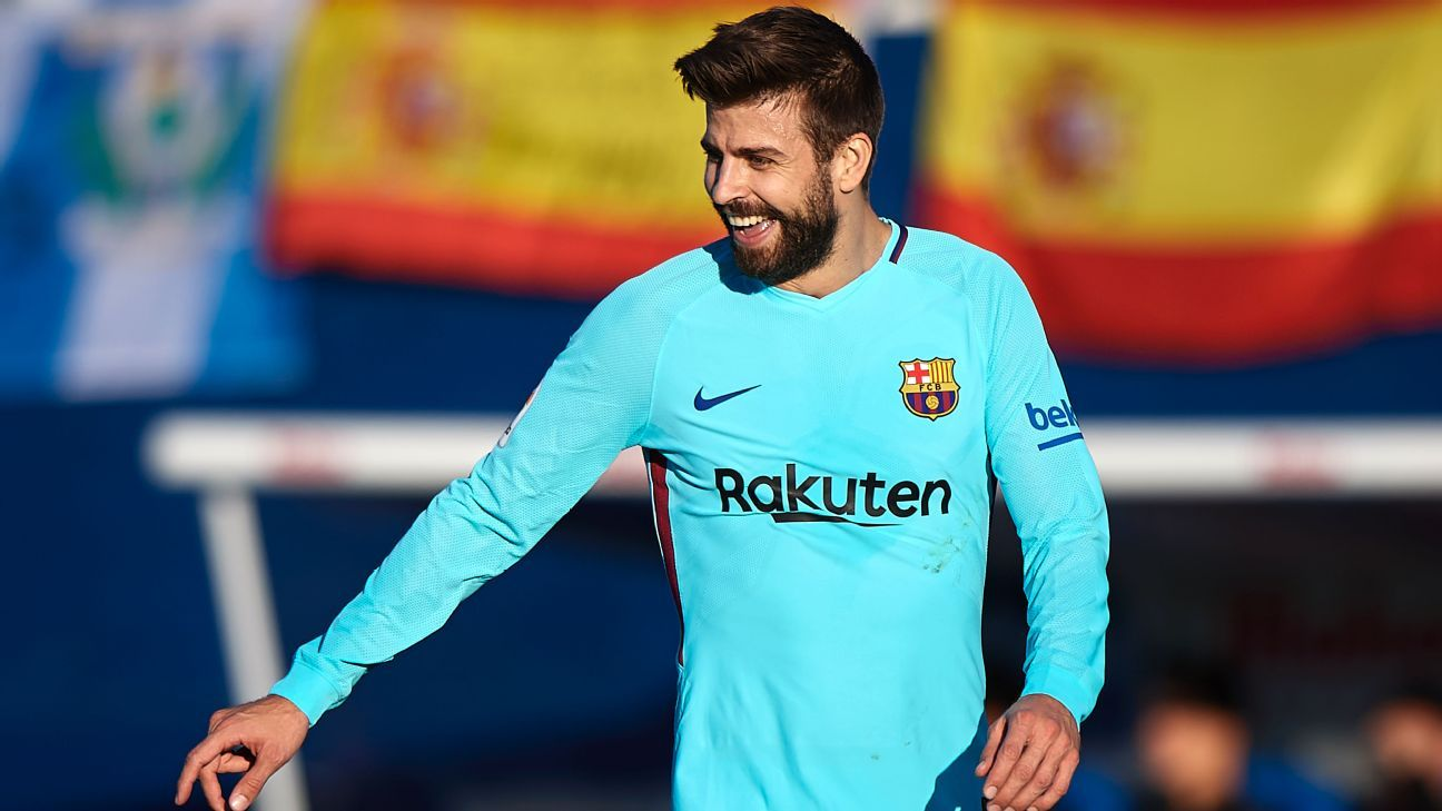 Gerard Pique reacts during Barcelona's match at Leganes