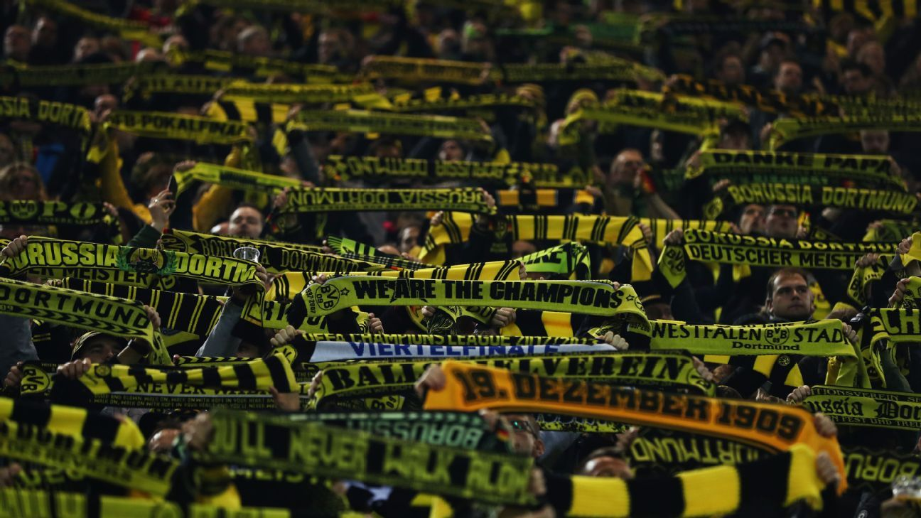 Borussia Dortmund fans look ahead to their clash with Tottenham.
