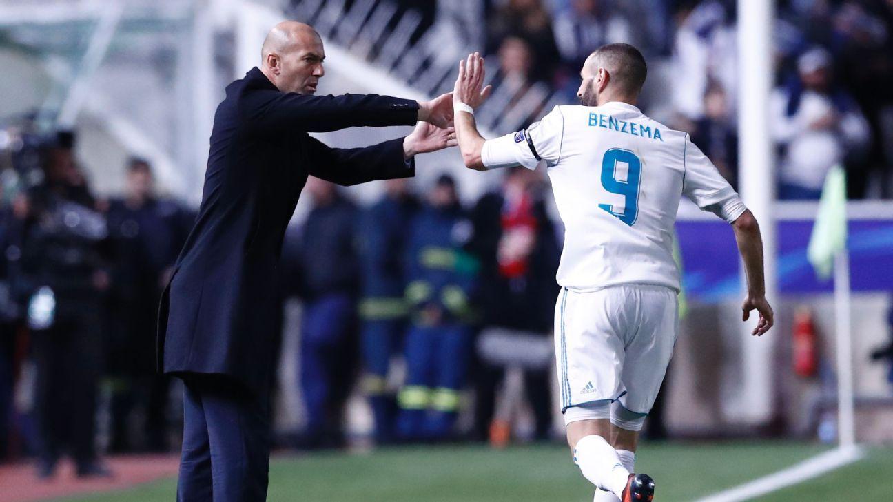Zidane Benzema high five vs Apoel