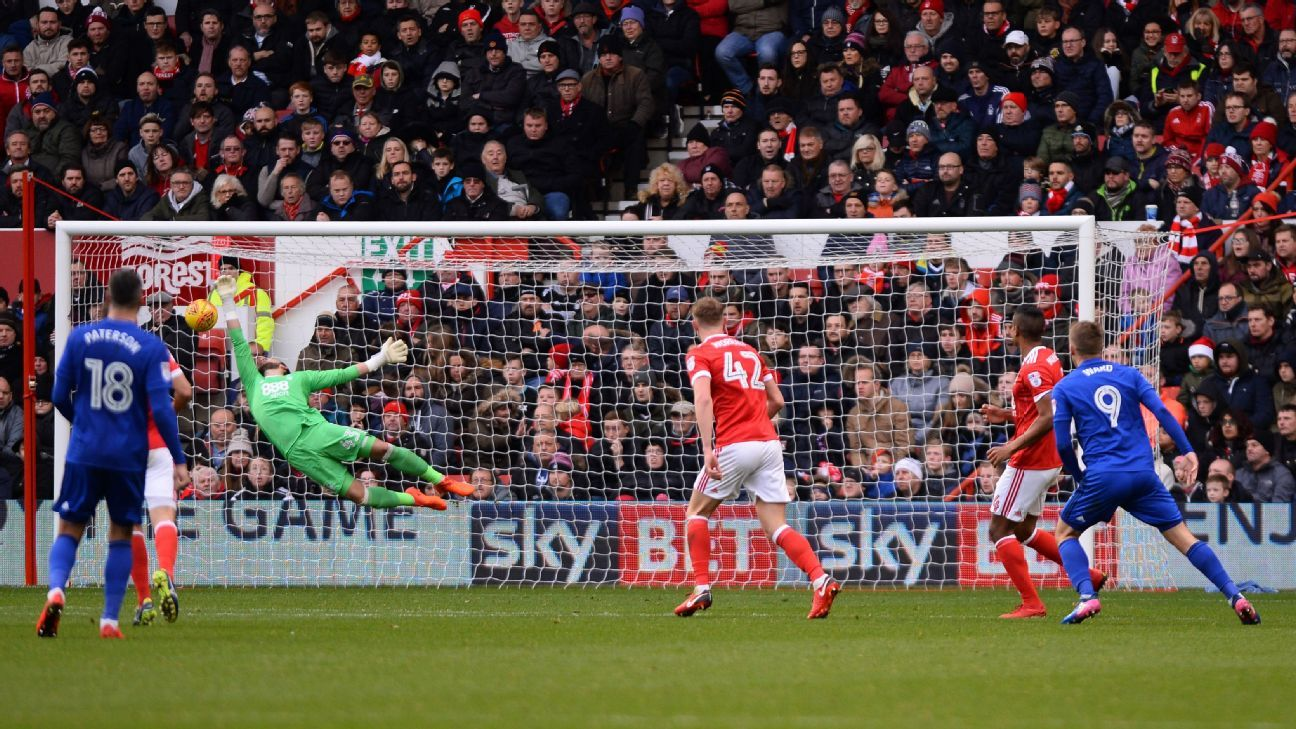 Danny Ward scores for Cardiff against Nottingham Forest.