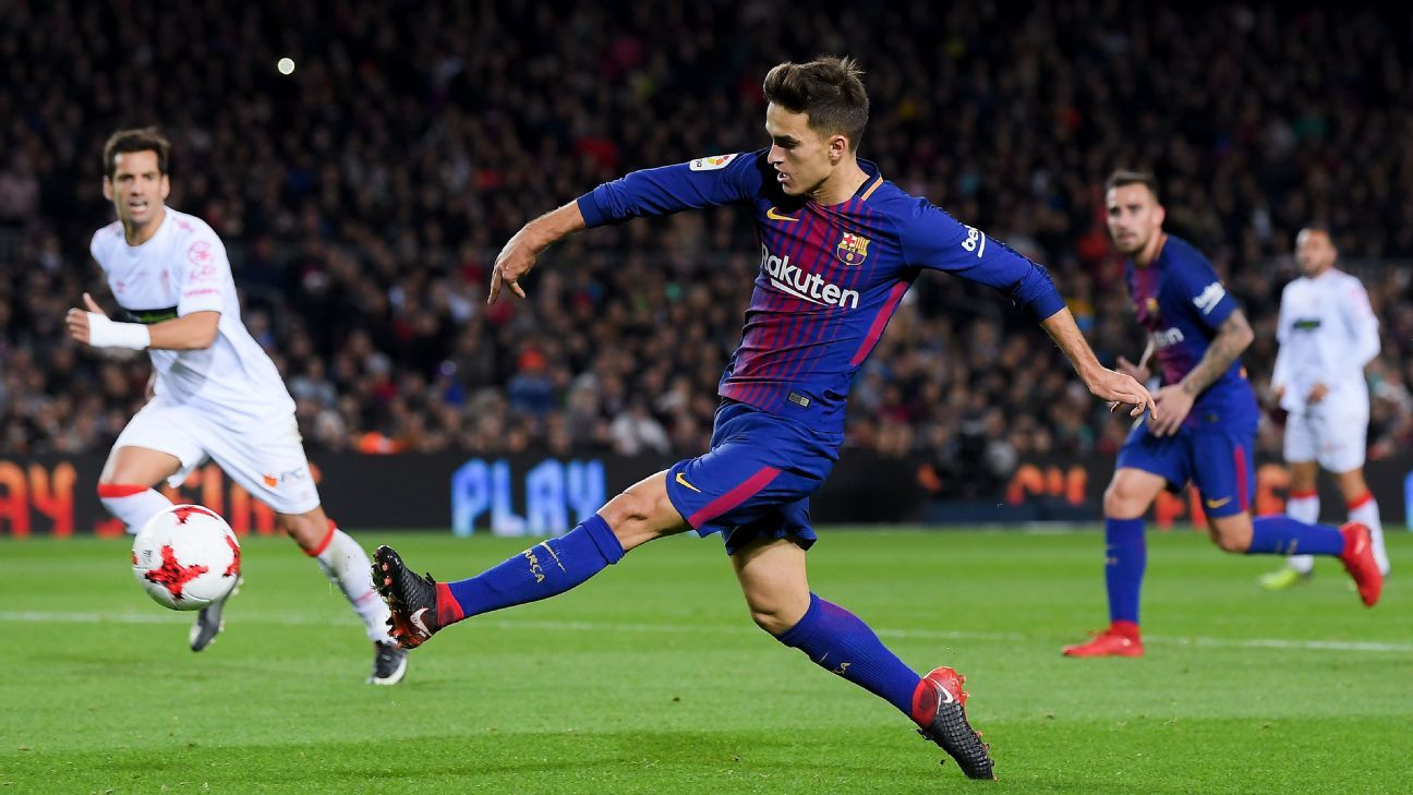 Denis Suarez of FC Barcelona scores his team's fourth goal during a Copa del Rey win against Murcia.