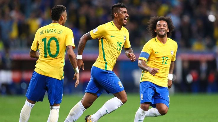 Brazil's Neymar, Paulinho and Marcelo celebrate goal against Ecuador