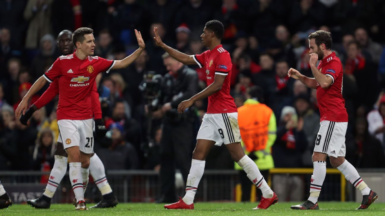 Manchester United celebrate Marcus Rashford's goal against CSKA Moscow.