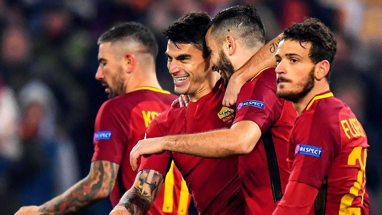 Diego Perotti (front left) and Roma advanced to the Champions League's last 16 on Tuesday.