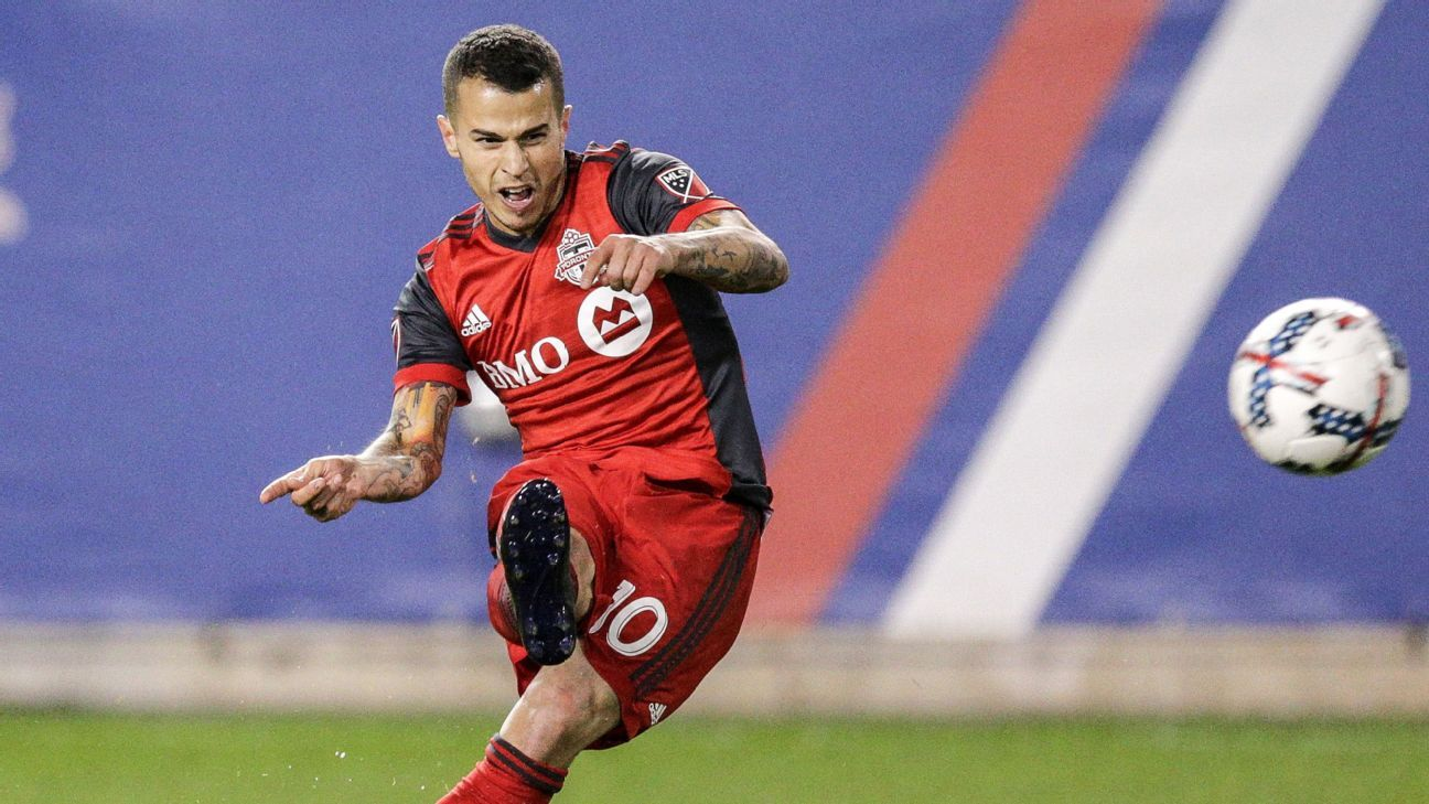 Inter Milan move would be 'bad' for Toronto's Sebastian Giovinco - agent