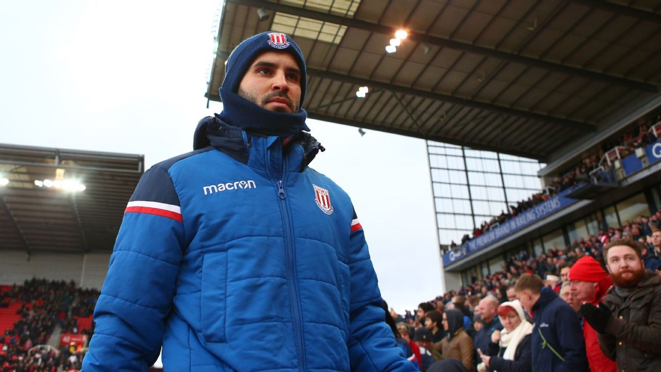 Stoke disciplines Jese for leaving bench during Swansea match