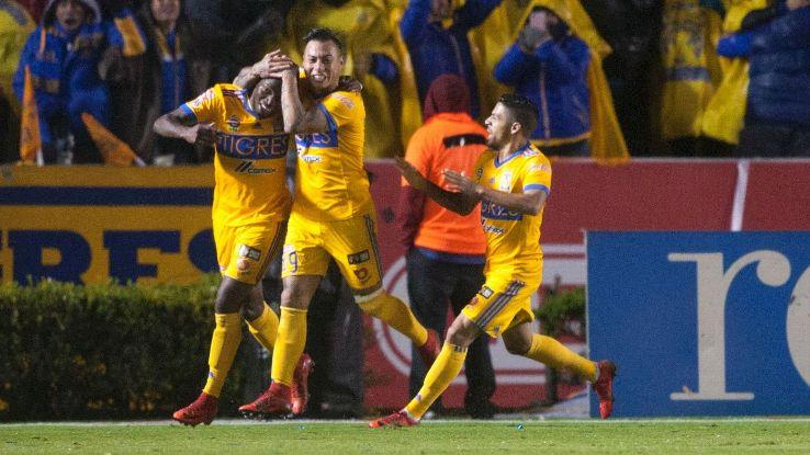 Tigres celeb vs Monterrey first leg 171207