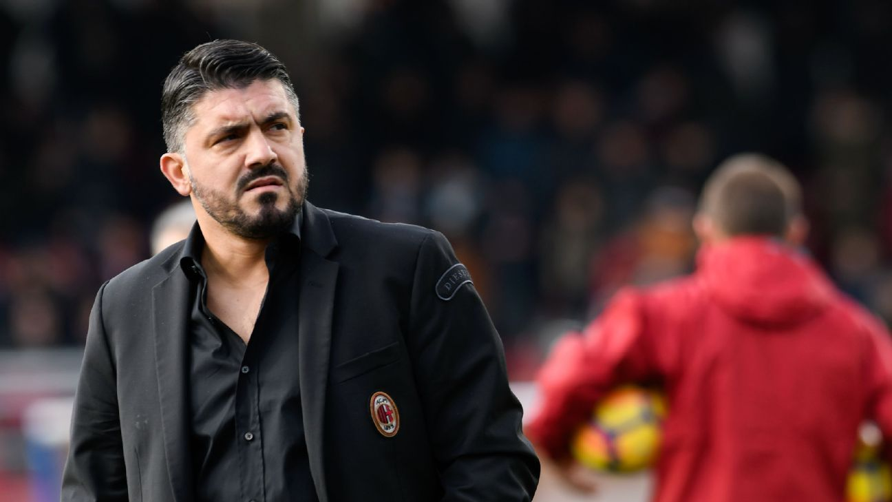 Gennaro Gattuso during replaced Vincenzo Montella at AC Milan.