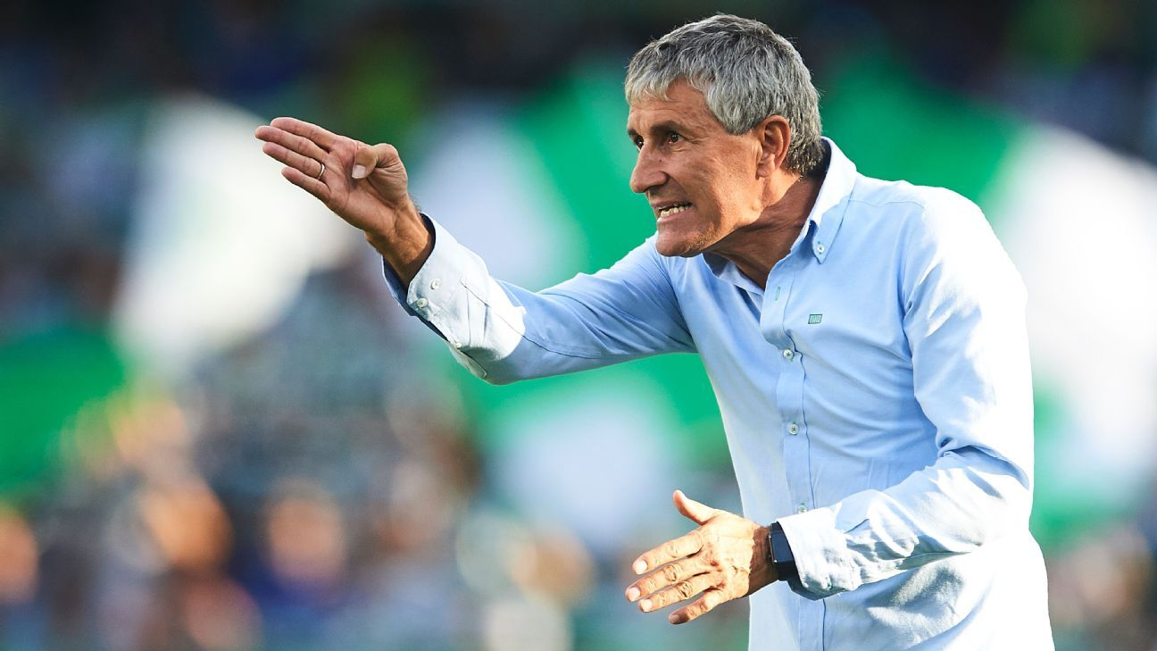 Setien played for four clubs over a 20-year career, becoming a manager in 2001.