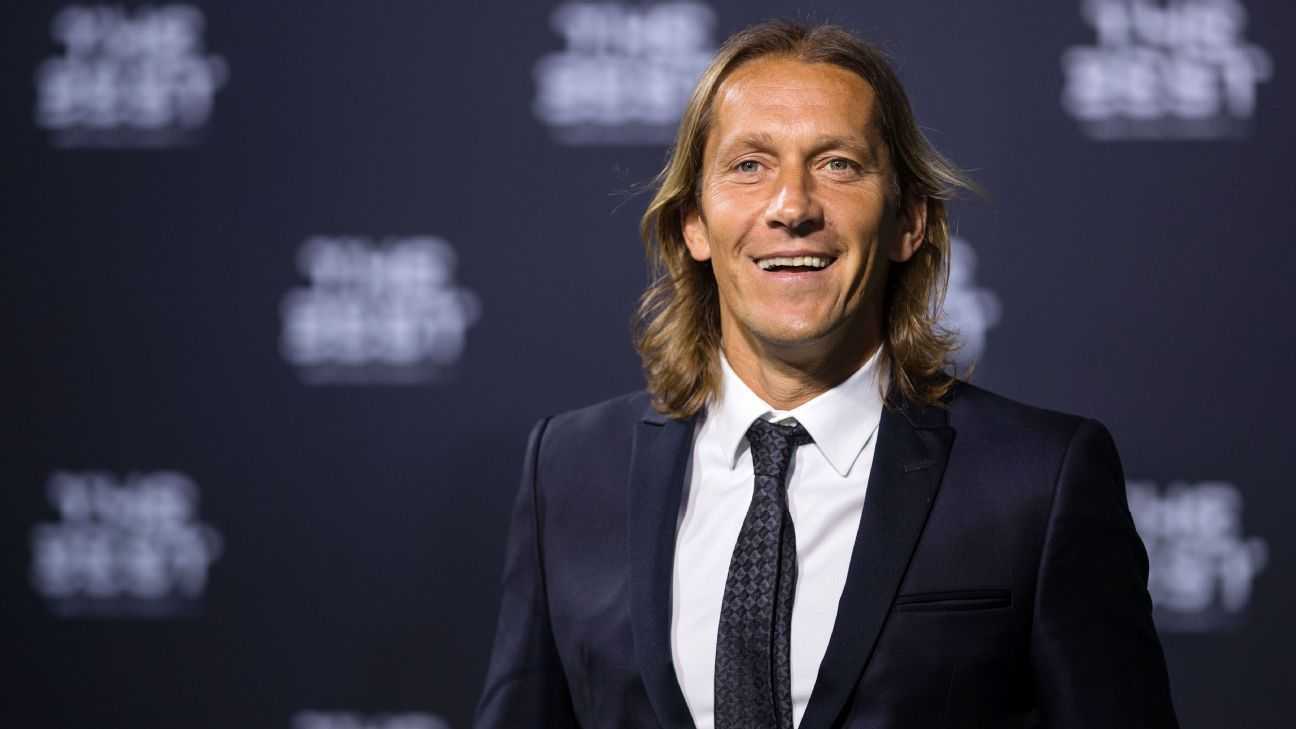 Michel Salgado looks on