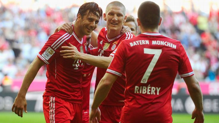 Bayern Munich players celebrate during 2014 win over Hoffenheim that sealed a Bundesliga record of 19 consecutive wins