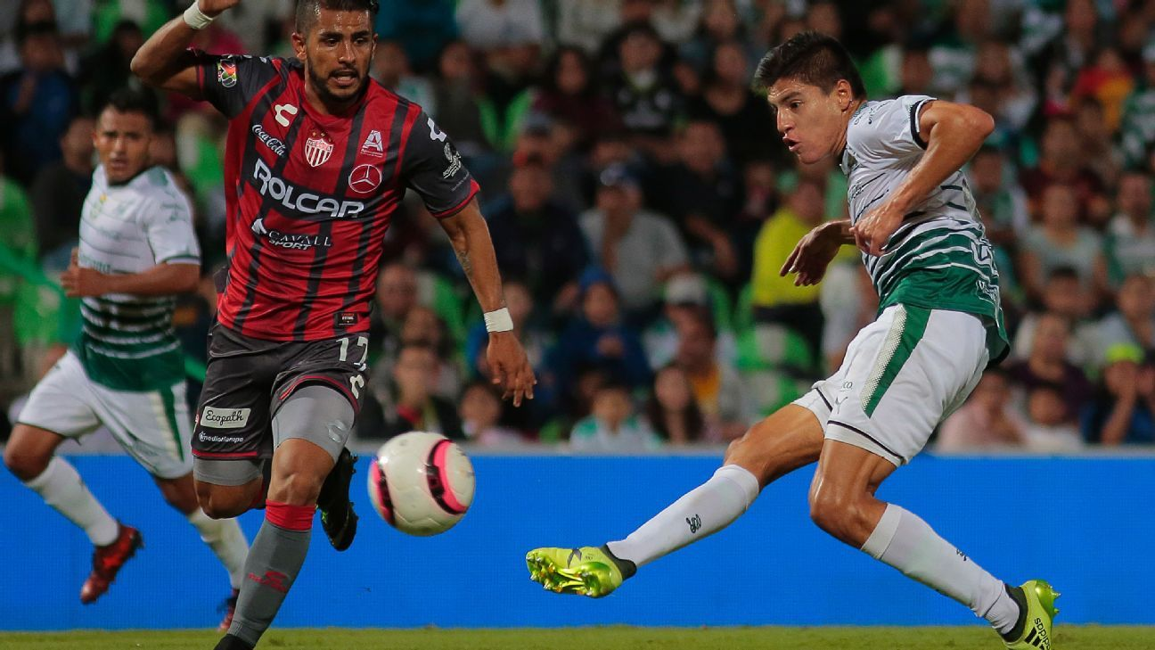 Young phenomenon Ronaldo Cisneros leaves Santos Laguna for Chivas.