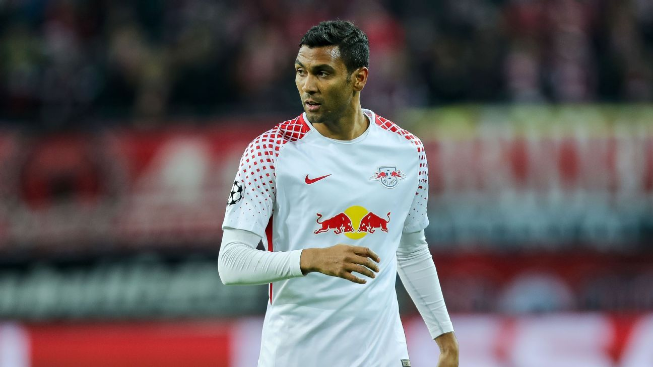 Marvin Compper looks set to leave RB Leipzig after falling out of favour.