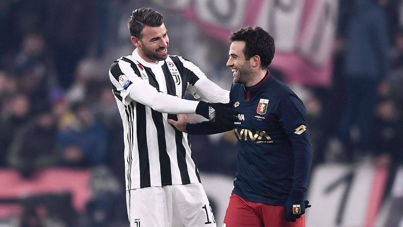 Giuseppe Rossi, right, is overcoming injuries with Genoa.