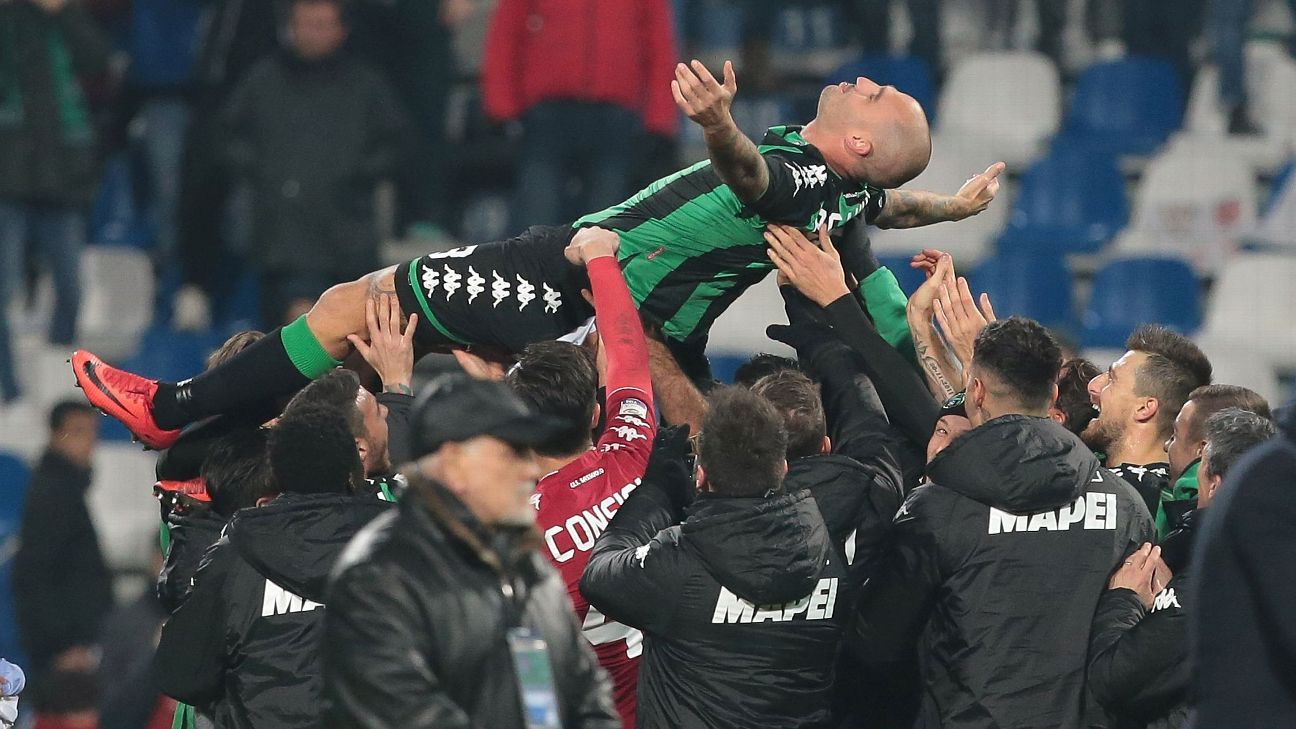 Paolo Cannavaro following his final game for Sassuolo, a 1-0 win against Inter Milan in Serie A.