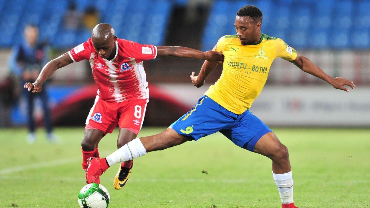 Siphesihle Ndlovu of Maritzburg United, Sibusiso Vilakazi of Mamelodi Sundowns