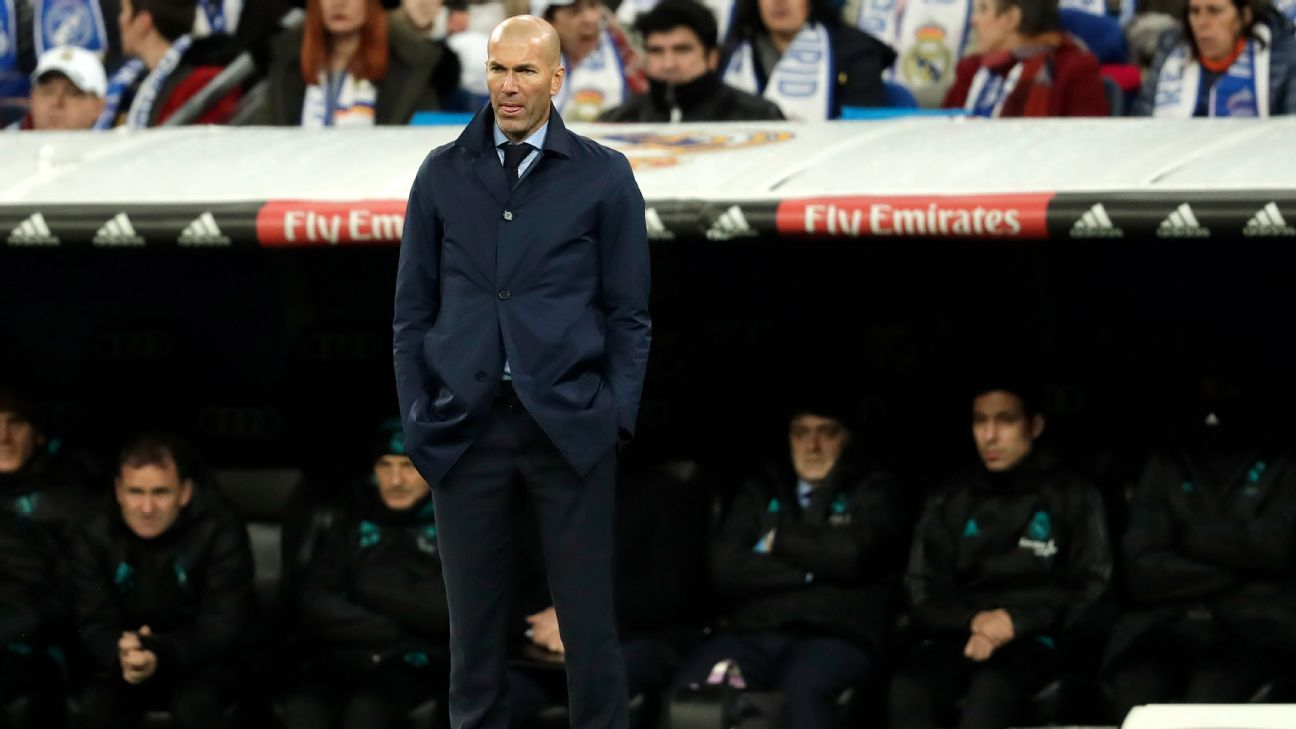 Zinedine Zidane looks on during Real Madrid's Copa del Rey round of 16 second leg at the Bernabeu.