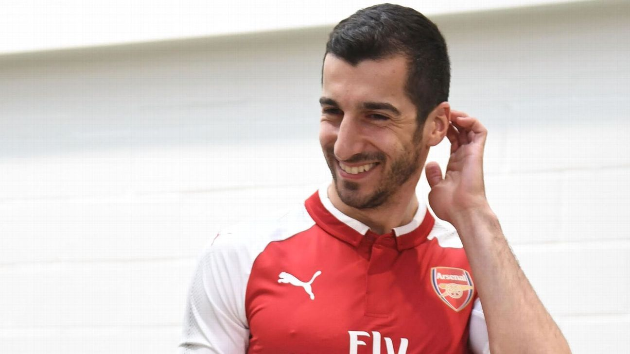Henrikh Mkhitaryan wears Arsenal kit after signing from Manchester United