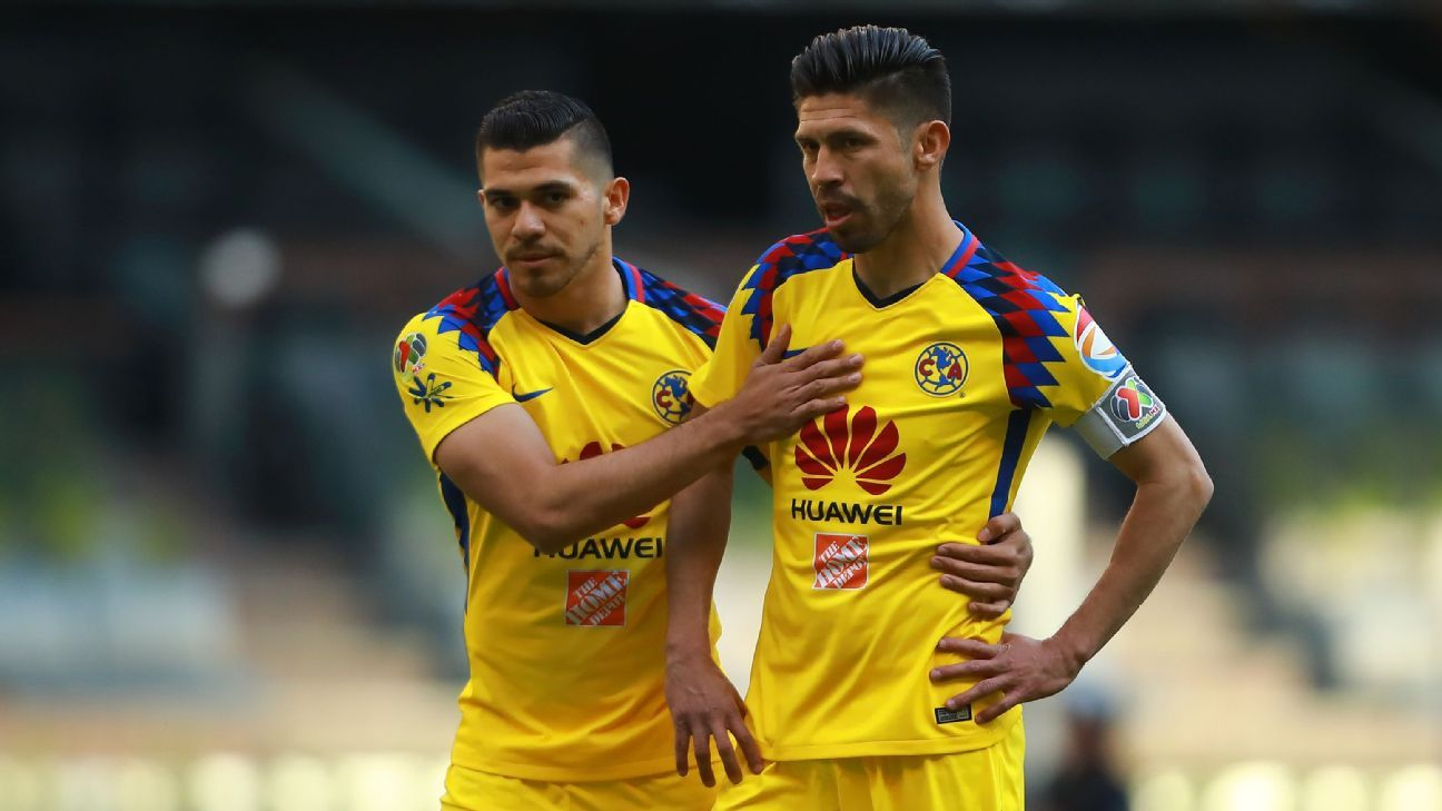 America's Henry Martin and Oribe Peralta form one of the few all-Mexican strikeforces in Liga MX.