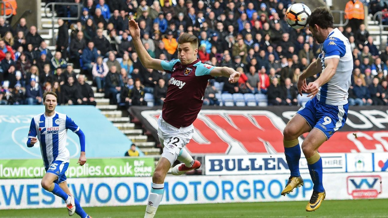 Wigan's Will Grigg scores opening goal in FA Cup tie vs West Ham