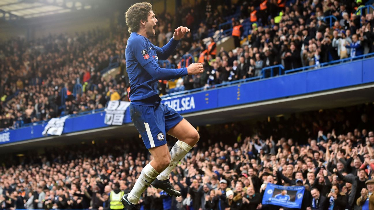 Chelsea's Marcos Alonso celebrates scoring his side's third goal vs Newcastle