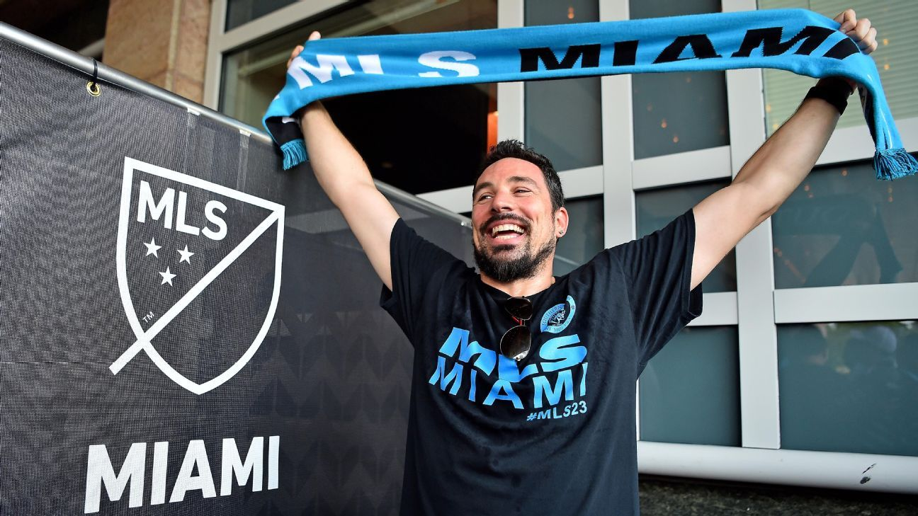 Miami suggests golf course as possible MLS stadium site