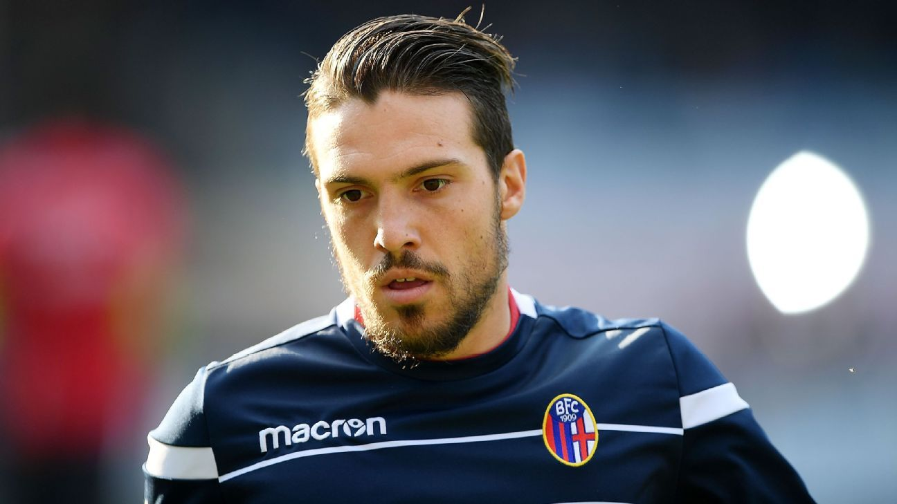 Simone Verdi ended up staying in Bologna instead of moving to Napoli. That's a coup for the midtable side.