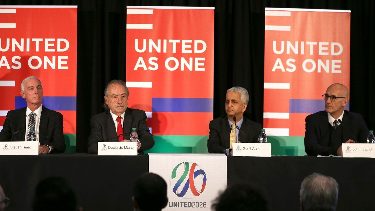 Sunil Gulati, shown here presenting for the U.S.' 2026 World Cup bid, decided not to seek reelection after a catastrophic U.S. loss.