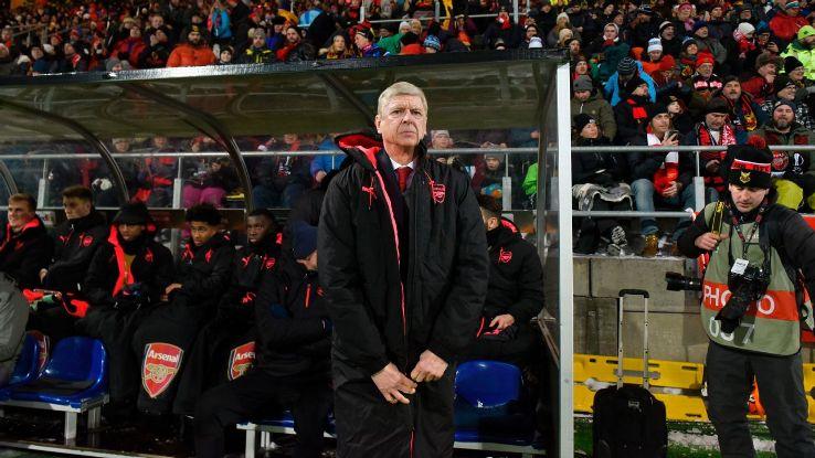 Arsenal manager Arsene Wenger looks on vs. Ostersunds.