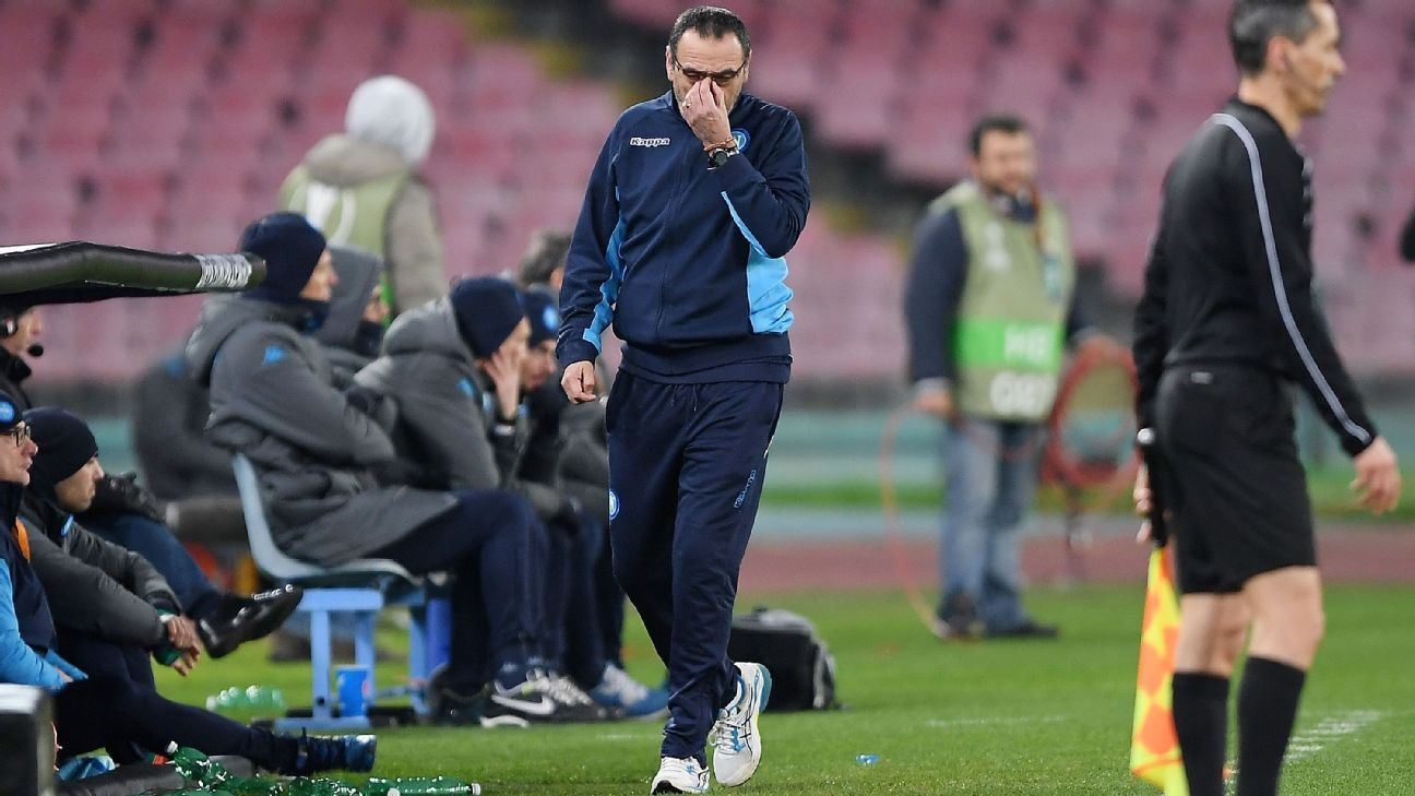 Maurizio Sarri during Napoli's Europa League defeat against RB Leipzig.