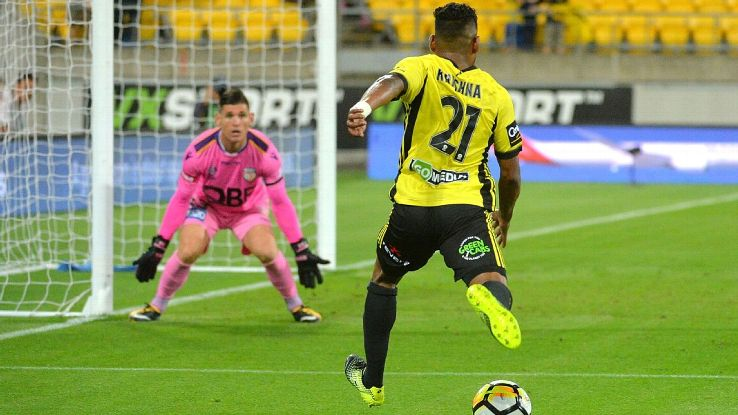 Wellington Phoenix's Roy Krishna scores winner in A-League clash vs Perth Glory