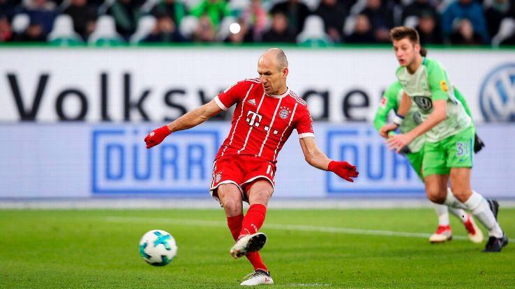 Arjen Robben shook off a missed penalty to lead  Bayern Munich to a comeback win.