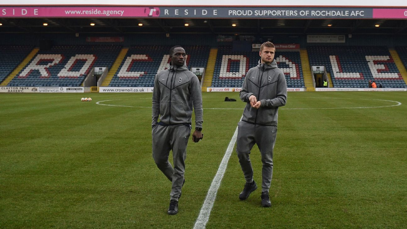 Tottenham's Moussa Sissoko and Eric Dier on Spotland pitch ahead of FA Cup tie vs Rochdale