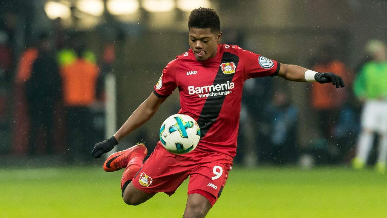 Bayer Leverkusen's Leon Bailey