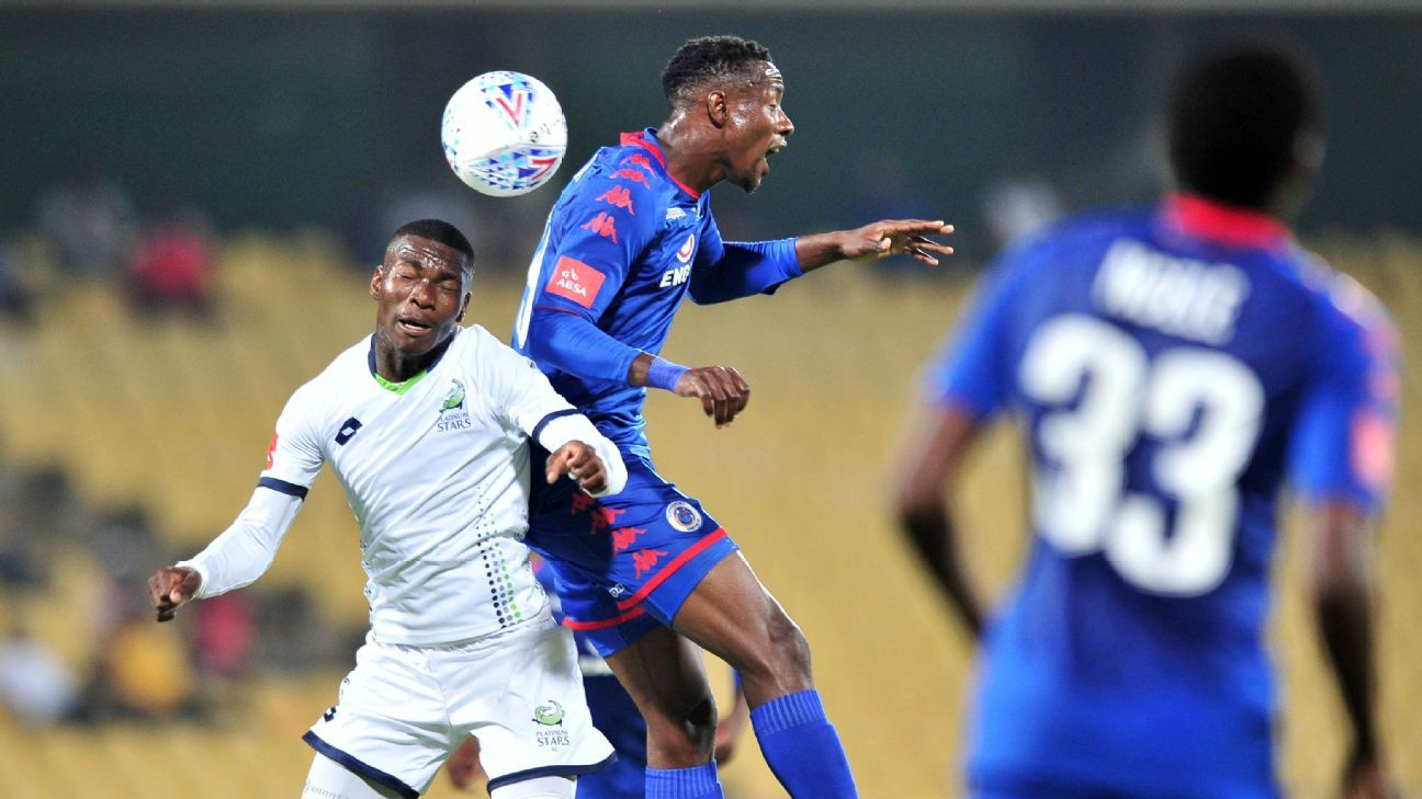 Evans Rusike of Supersport United, Charles Baloyi of Platinum Stars