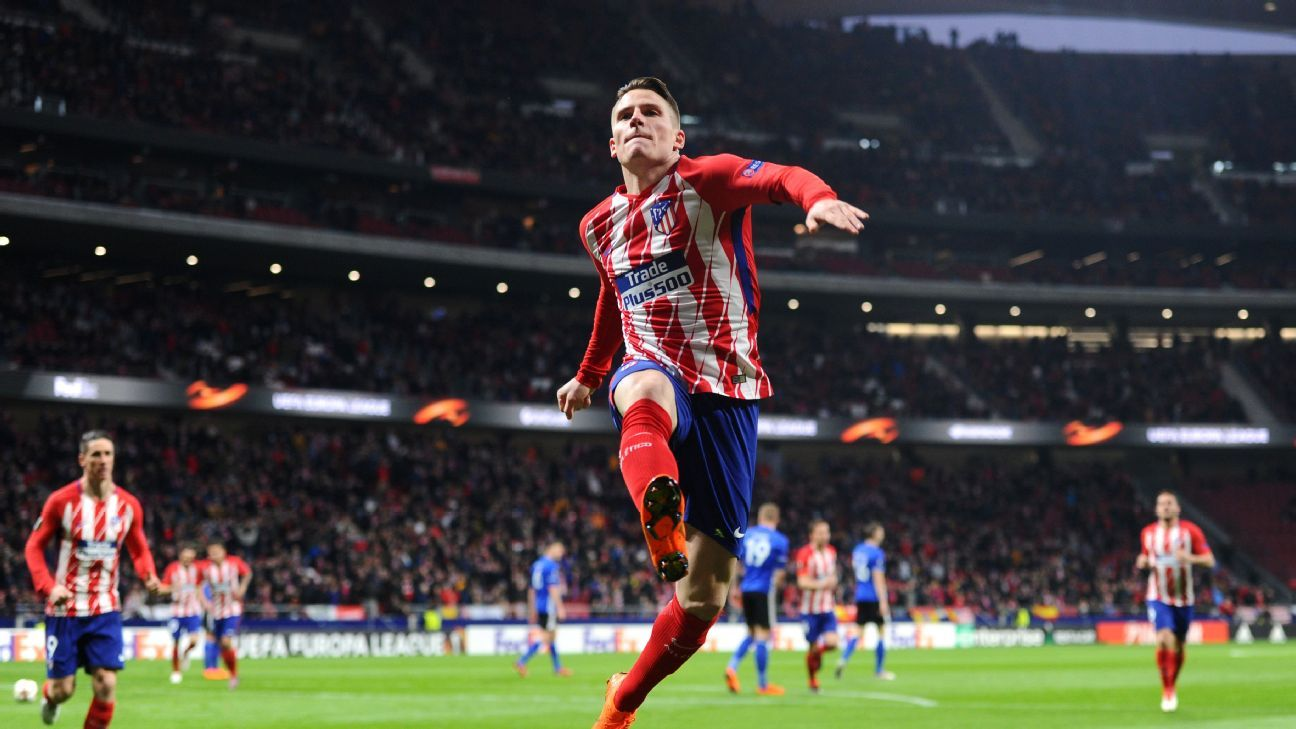 Kevin Gameiro celebrates his goal against Copenhagen in the Europa League.