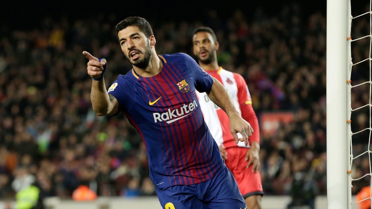 Luis Suarez completes his hat trick against Girona.