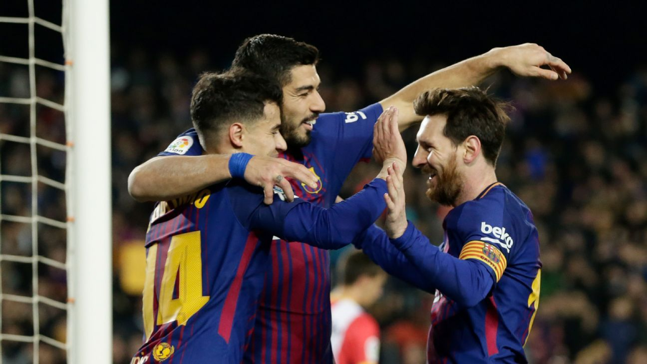 Philippe Coutinho, Luis Suarez  and Lionel Messi celebrate vs. Girona.