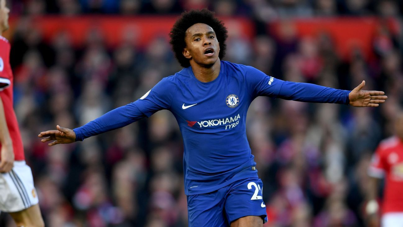 Chelsea's Willian celebrates scoring opening goal vs Manchester United