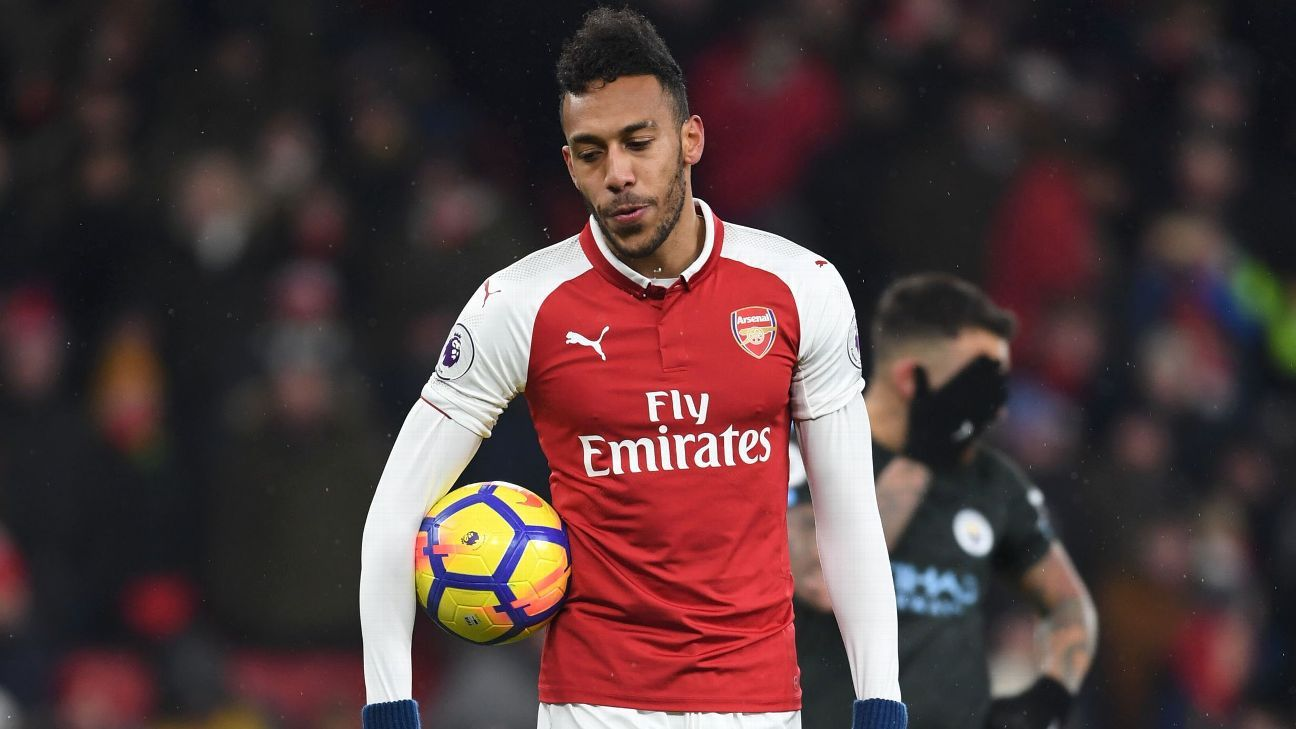 Arsenal's Pierre-Emerick Aubameyang had a penalty saved in the defeat to Manchester City