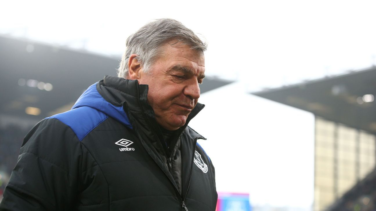 Everton apologise to Sam Allardyce over fan survey to rate his performance
