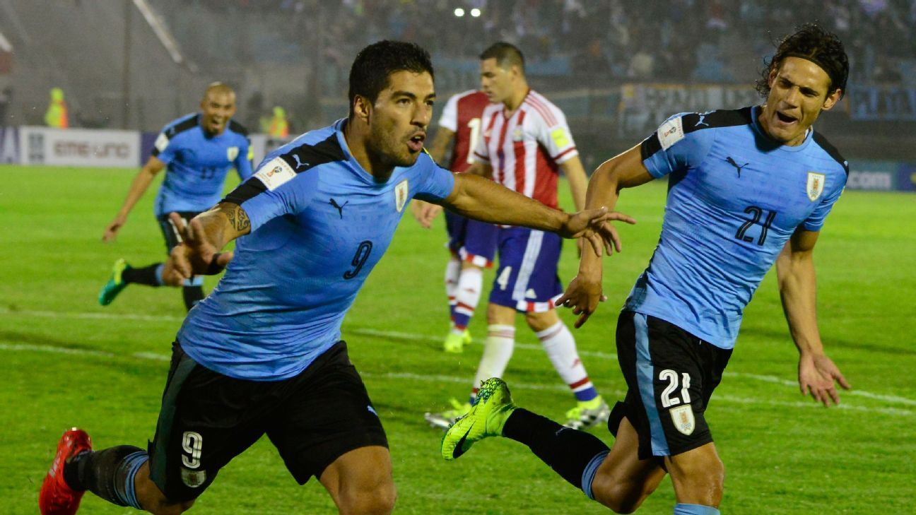Uruguay duo Luis Suarez and Edinson Cavani will lead a veteran-laden side against Mexico in a Sept. 7 friendly.