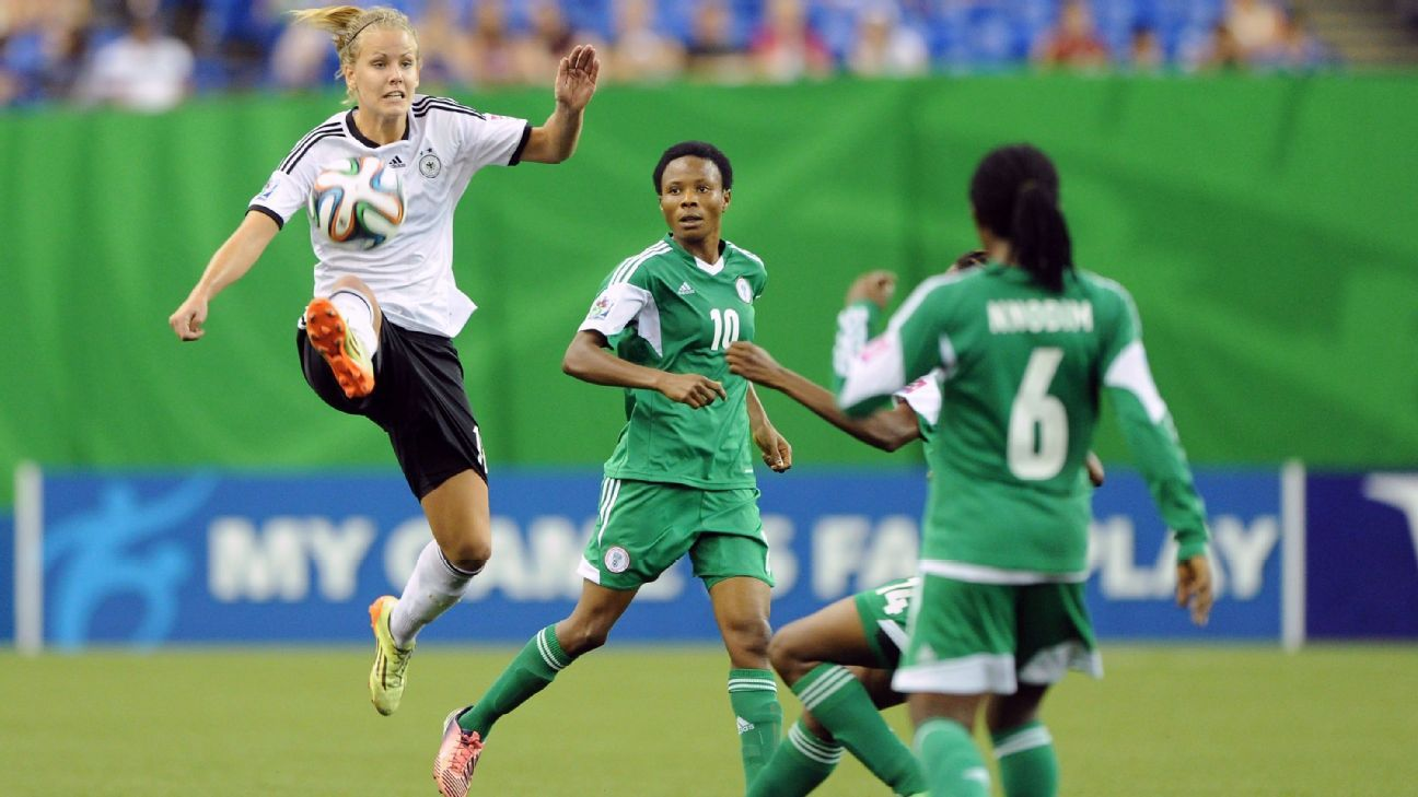 Osarenoma Igbinovia and Halimatu Ayinde of Nigeria U-20 Women's, Lena Pettermann of Germany